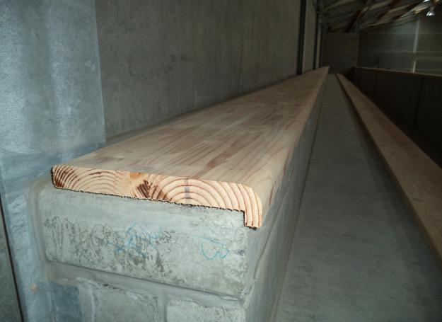 prefab beton met houten afwerking