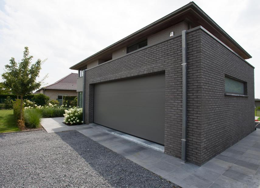 Portes de garage en bois et en aluminium for Porte garage en aluminium